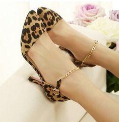 Scarpe donna tacco 8 cm. Alta qualità. Offerte a €18,90 su http://qpoint.eu/prodotto/scarpe-donna-tacco-8/