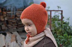 Handknitted baby alpaca hat in three colours: cream, greygreen and rusty