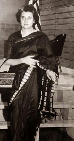 Indira Gandhi_Saree Inspiration ~ So-Saree History Of India, History Photos, Historical Quotes, Historical Pictures, Indira Ghandi, Rajiv Gandhi, Mahatma Gandhi Quotes, India First, Vintage India