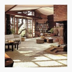 Hanna House in Stanford, Cali, by Frank Lloyd Wright- 1937 #inspirations #franklloydwright #architecture #editionsmr
