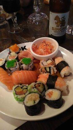 Yummy Asian Food, Yummy Food, Sleepover Food, Asian Recipes, Healthy Recipes, Asian Street Food, Food Goals, Aesthetic Food, Food Cravings