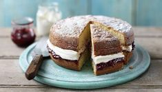A step-by-step recipe for the classic sponge cake