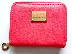 Only £3.99 with free delivery. Ladies Teen Small Zip Around Purse wallet for coins credit cards money notesA ladies small zip around coin purse. We have more zip around purses in st