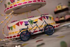 tandem bike wedding cake