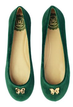 dark green with gold bows, so cute!