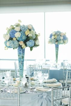 Blue Hydrangea and White Rose Centerpieces I'd like it with a little pink Blue Hydrangea Centerpieces, Blue Hydrangea Wedding, Blue Wedding Centerpieces, Quinceanera Centerpieces, Wedding Decorations, Candles Wedding, Turquoise Centerpieces, Wedding Flowers, Tall Centerpiece