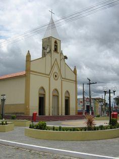 Igreja Matriz de Nossa Senhora da Guia Cidade Umbaúba  Church of Our Lady of Guia  City Umbaúba Our Lady, Taj Mahal, Mansions, House Styles, Building, Home Decor, City, Architecture, Brazil