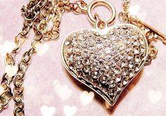 Diamond Heart Necklace http://www.loveitsomuch.com/