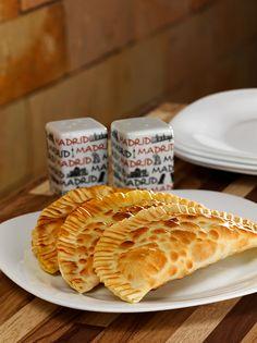 Pastéis Sequinhos e Deliciosos. Veja mais em www.fotodecardapio.com.br e www.alexandrechiacchio.com.br #fotografo #alimentos #gastronomia #culinaria #comida #cardapio