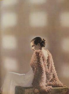 1934 Schiaparelli cape photographed by Dora Maar