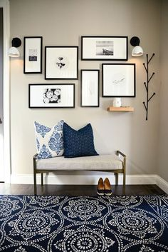 Simple entryway in our #campelloproject sets the stage for the rest of the design.  #entrywaydesign #entry #entryway #enterydecoration #interiordesign #design #entryrugs #entrywalldecor #gallerywall #gallerywalldesign #picturewall Cheap Rustic Decor, Cheap Home Decor, Home Decor Trends, Home Decor Inspiration, Decor Ideas, Shabby Chic Decor Living Room, Entry Way Design, Minimalist Home Interior, Victorian Decor