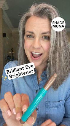 Beauty Makeup Tips, Beauty Secrets, Beauty Care, Beauty Skin, Beauty Hacks, Hair Beauty, Eyeshadow Tutorial For Beginners, Makeup For Moms, Make Up Tricks