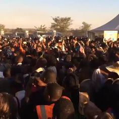 Saying good bye to the delegates after the Zimbabwe International Convention. Video shared by @jw_service_day Thank you. Submit