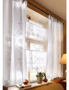 Curtains with beautiful embroidery Curtains with beautiful embroidery The post Curtains with beautiful embroidery appeared first on Gardinen ideen. Blinds For Windows, Curtains With Blinds, Curtains 2018, Country Style Curtains, Kitchen Window Treatments, Shades Blinds, Lace Curtains, Romantic Homes, Rooms Home Decor