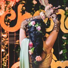 Lakshmi Manchu, Indian Bridal Hairstyles, Pochampally Sarees, Bride, Hair Styles, Wedding Bride, Hair Plait Styles, Bridal, Hairdos