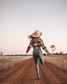 Winter In Australia, Hipster, Style, Fashion, Moda, Fashion Styles, Hipsters, Fashion Illustrations, Stylus