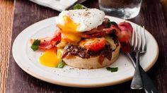 Cheesy bacon & egg crumpet image