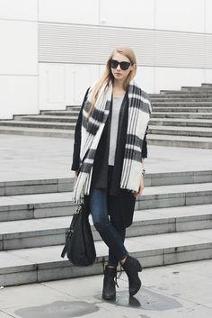 PAVLINA JAGROVA│FASHION BLOG: grey cardigan