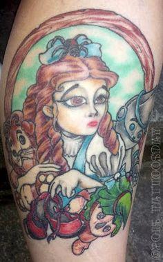 Tattoosday (A Tattoo Blog): Maria's Tribute to Oz and a Floral Flourish  http://tattoosday.blogspot.com/2015/05/marias-tribute-to-oz-and-floral-flourish.html