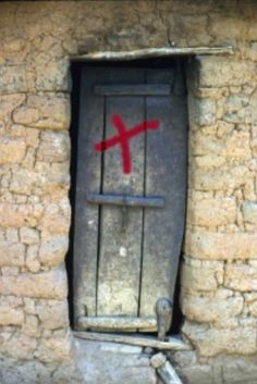During the Middle Ages a cross on the door informed others that inhabitants had developed symptoms of the Black Death. European History, British History, World History, Ancient History, Bubonic Plague, Medieval Life, Black Death, Medical History, Interesting History