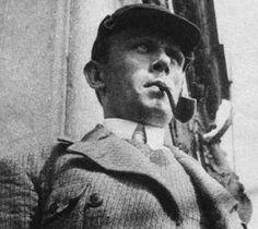 """Даниил Хармс (Ювачёв). 1920-е. Автор """"Сорок четыре весёлых чижа...""""умер в Ленинграде 2 февраля 1942г."""