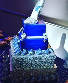 Blue and Siver Wedding Cake | Designer Cakes | Pinterest | Bizcochos ...