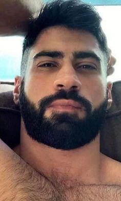 Hairy Hunks, Hunks Men, Hairy Men, Bearded Men, Beard Styles For Men, Hair And Beard Styles, Hot Guys Tattoos, Mens Hairstyles With Beard, Scruffy Men