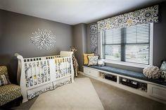 Модная детская комната с интересными орнаментами и рисунками.