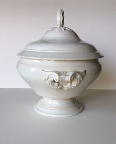 White ironstone. French antique white tureen. Ironstone tureen. French ironstone tureen. White tureen. Tea stained ironstone. Vintage tureen by SouthofFranceFinds on Etsy https://www.etsy.com/listing/488234133/white-ironstone-french-antique-white