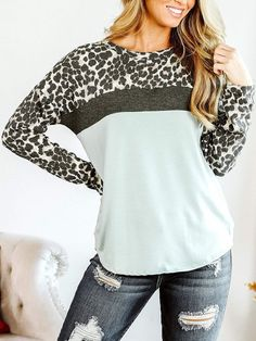Boutique Tops, Boutique Clothing, Fashion Boutique, Fall Looks, Comfortable Outfits, Looking For Women, Sleeve Styles, Long Sleeve Tops, Autumn Fashion