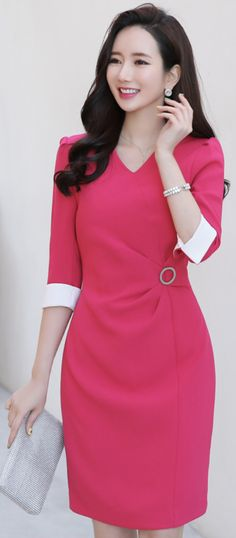 StyleOnme_Circle Buckle Side Detail V-Neck Dress #pink #vneck #dress #feminine #koreanfashion #kstyle #kfashion #springtrend #seoul #dailylook