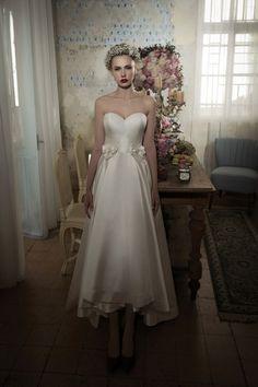 Preciosa Colección de Vestidos de Novia por Lihi Hod - Bodas
