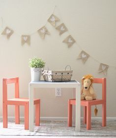 Ikea Hack: Makeover a children's table and chairs with some paint and chalkboard paint Ikea Molger, Ikea Trones, Ikea Raskog, Ikea Kids, Ikea Children, Children Play, Kid Spaces, Vinyl Wall Decals, Custom Decals