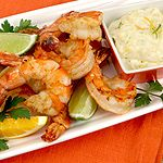To whet appetites, sip some chilled white wine while enjoying cold grilled shrimp with a refreshing citrus dipping sauce. Use a variety of citrus fruit or use tsp mL) grated rind and 1 tbsp mL) juice of either orange, lemon or lime. Honey Lime Vinaigrette, Vegetarian Recipes, Healthy Recipes, Healthy Meals, Healthy Options, Clean Recipes, Quick Meals, Aioli Recipe, Grilled Shrimp