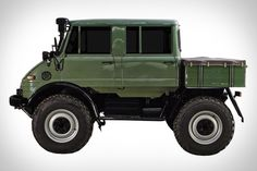 1976 Mercedes-Benz 406 Unimog - don't know what it is, but I want it.