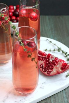Sparkling Berry and Pomegranate Mocktail   It's so easy with all these festive celebrations coming up to over-indulge in both eating and drinking. It doesn't take much for me to get derailed, and so I need a plan. This is a great choice to keep the balance with it all. @casadecrews