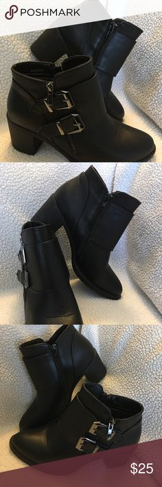 Size 7.5 black side zip booties Black booties size 7.5 worn once pre pregnancy and have not fit since 😩 side zip on both sides but one side has buckles. Heel is approximately 2 1/2 inches. Super cute Hot Kiss Shoes Ankle Boots & Booties
