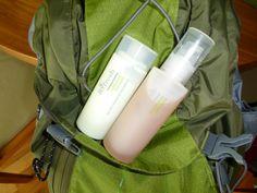 Nicht vergessen den Venenspray in den Wanderrucksack zu packen!    Werden abends die Beine noch mit Fußbalsam verwöhnt, haben selbst die Mücken keine Chance. Man fühlt sich rundherhum wohl.