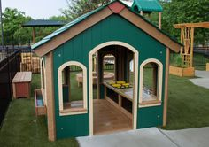 6'x6' Simple Playhouse w/ Sink/Stove Combo & Flowerboxes