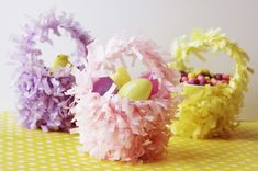 Adorable mini Easter baskets from @StudioDIY made from plastic cups and fringe garland