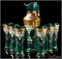 Antique Tea Sets, Christmas Bathroom Decor, China Tea Sets, Crystal Glassware, Painted Jars, Murano, Liquor Glasses, Glass Containers, Antique Glass