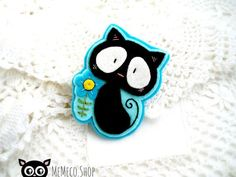 Felt Brooch  Embroidered Cat Brooch by MemecoShop on Etsy: