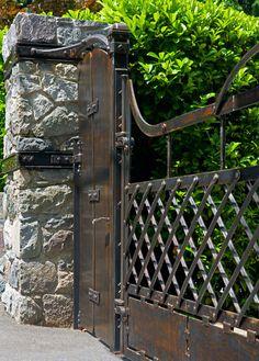 MacPherson Driveway Gates