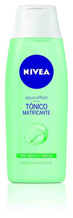 Tónico Matificante Aqua Effect. Tonifica en profundidad la piel mixta y grasa reduciendo los brillos y restableciendo su equilibrio natural.
