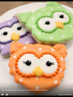 These are adorable. Made from cat face cookie cutter.