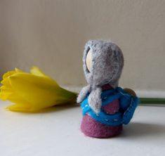 Babywearing Mama Gnome / Hand stitched Wool Felt on wooden peg doll