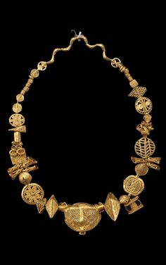 Africa | Necklace from the Akan people | ca. 1900 | Gold