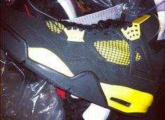 "Air Jordan Retro 4 ""Thunder"" - Fall 2012 | Sneaker Nation TV"