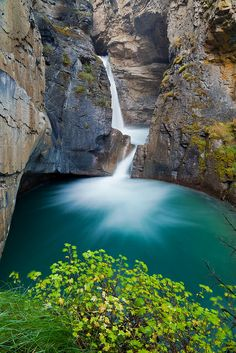 Johnston Canyon, Banff, Canada - HEY! Somewhere I've actually been. Love this place. Great and beautiful hike! On our honeymoon we went all the way to the ink pots. That was quite the adventure :)
