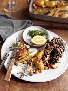 Laga vår ljuvliga lax, bakad i ugn med ett krämigt svamptäcke Salmon Recipes, Seafood, Ethnic Recipes, Sea Food, Seafood Dishes
